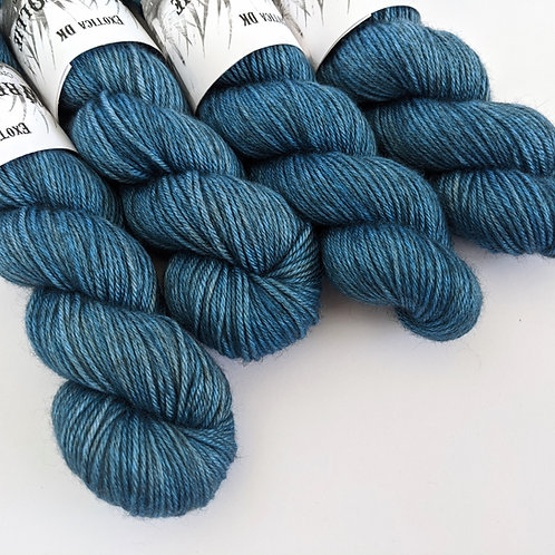 Exotica DK: Feather