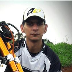 Marcelo Fernandes - 37 anos