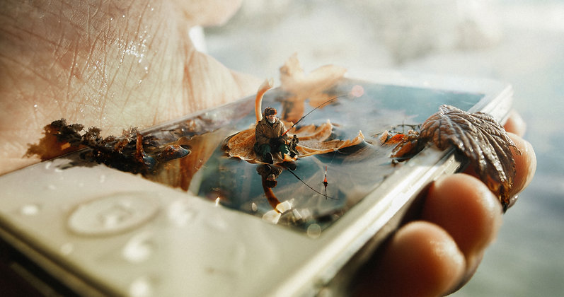 Mobile Phishing by Dmitry Rogozhkin