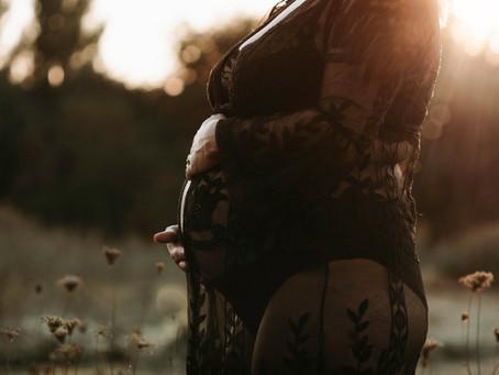Het beste moment voor je zwangerschapsshoot in Utrecht en omgeving