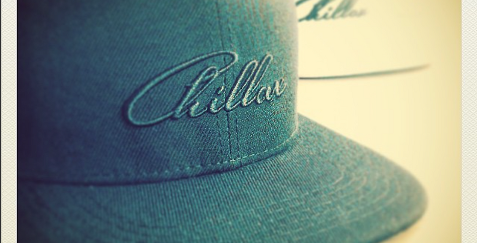 Chillax Cap black&white