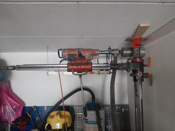 Borrning för ventilation i vägg