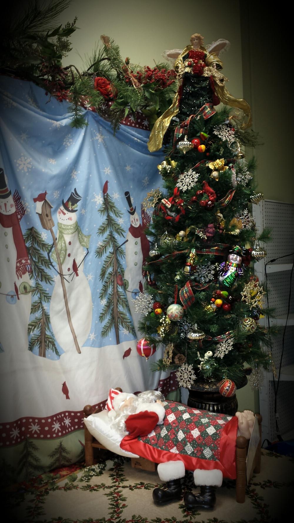 Tree and Snoring Santa