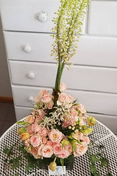 Quinceañera Peach and Roses Bouquet