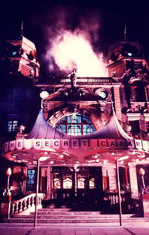 simon drake, the house of magic, haunted house, secret cabaret, top London entertainment venue