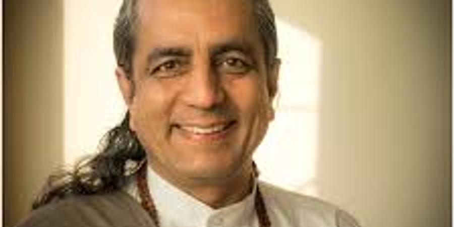 Dr Omanand Guruji v Praze