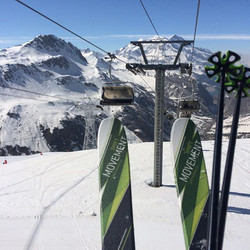 Beautiful day here in #valdisere #solaise #skiinstructor #skiing #ski #snow #sun