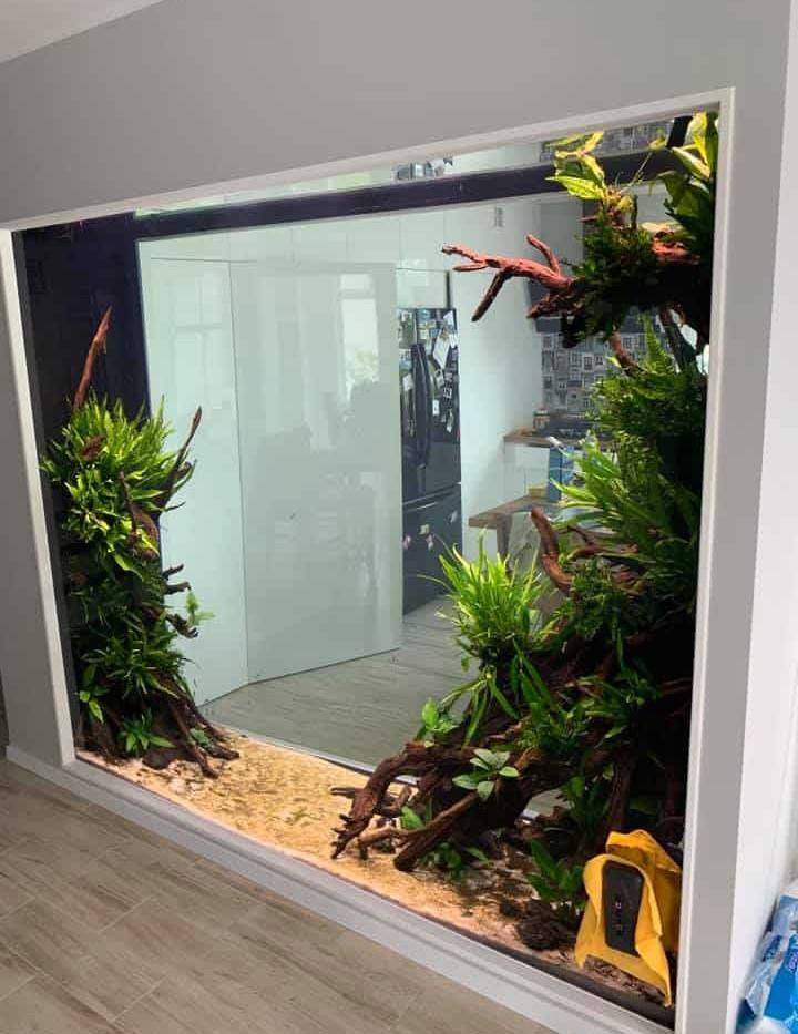 formafabrica-akwarium-akrylowe-w-ramie.j