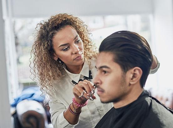 Kadın Saç Stilist
