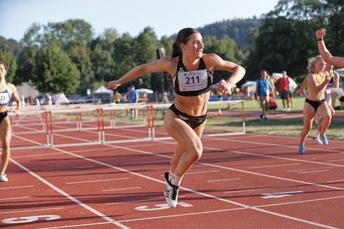 anna-sprint-athlete-track-hannes-kirchho