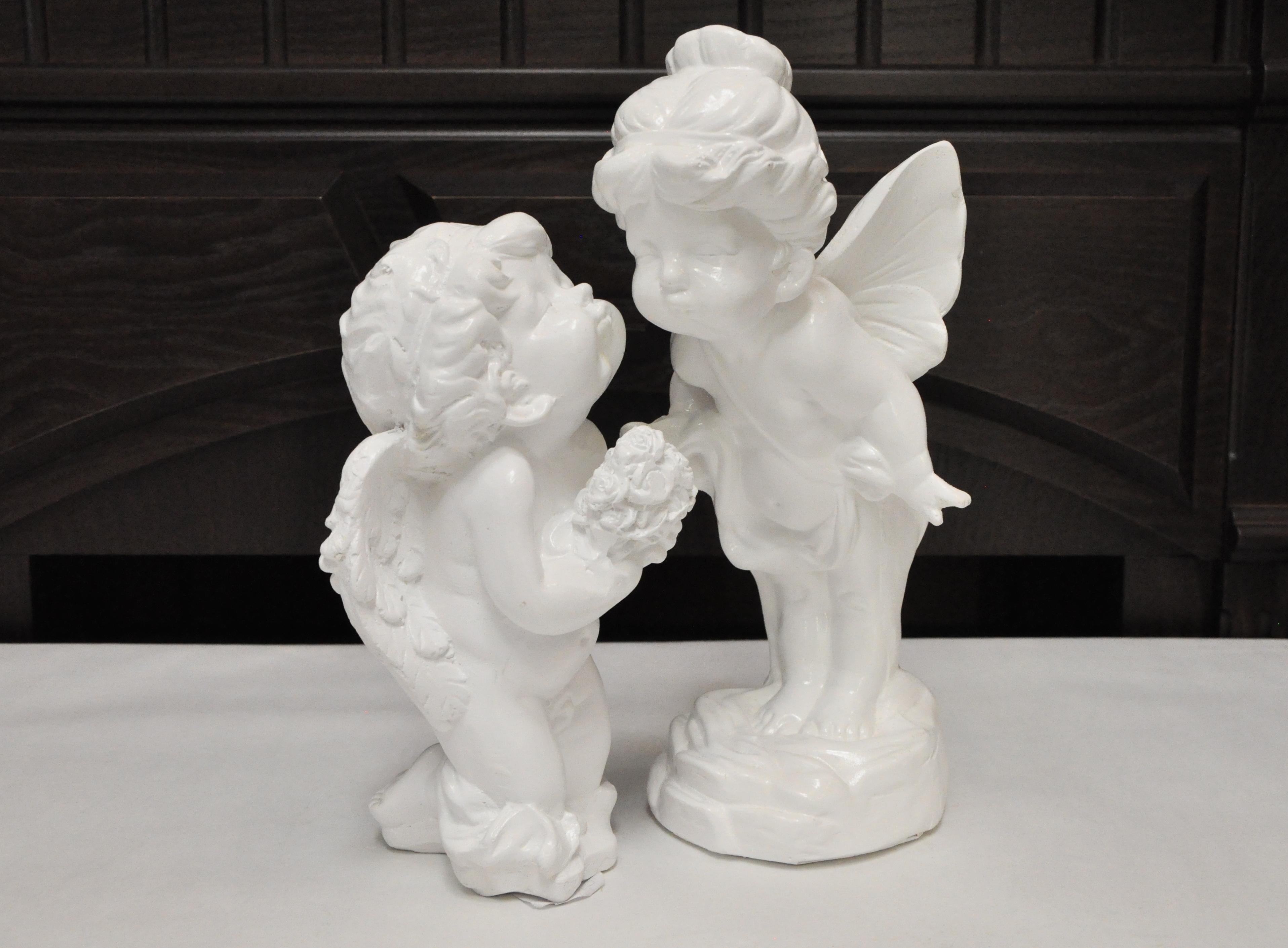 статуэтка два ангела белая