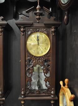 Часы настенные EMS 110