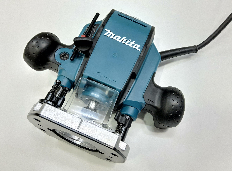 """""""Makita"""" PR0900K 900 Вт, цанги 6-8мм"""