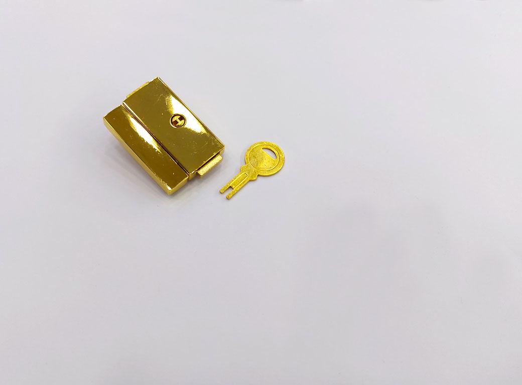 Замок для шкатулки, металл, с ключом, золото 2,5*3,8 см