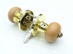 Защелка НОРА-М с фиксатором и ключом