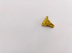 """Уголок-ножка для шкатулки """"Рептилия"""", золото, 2*1,8 см"""