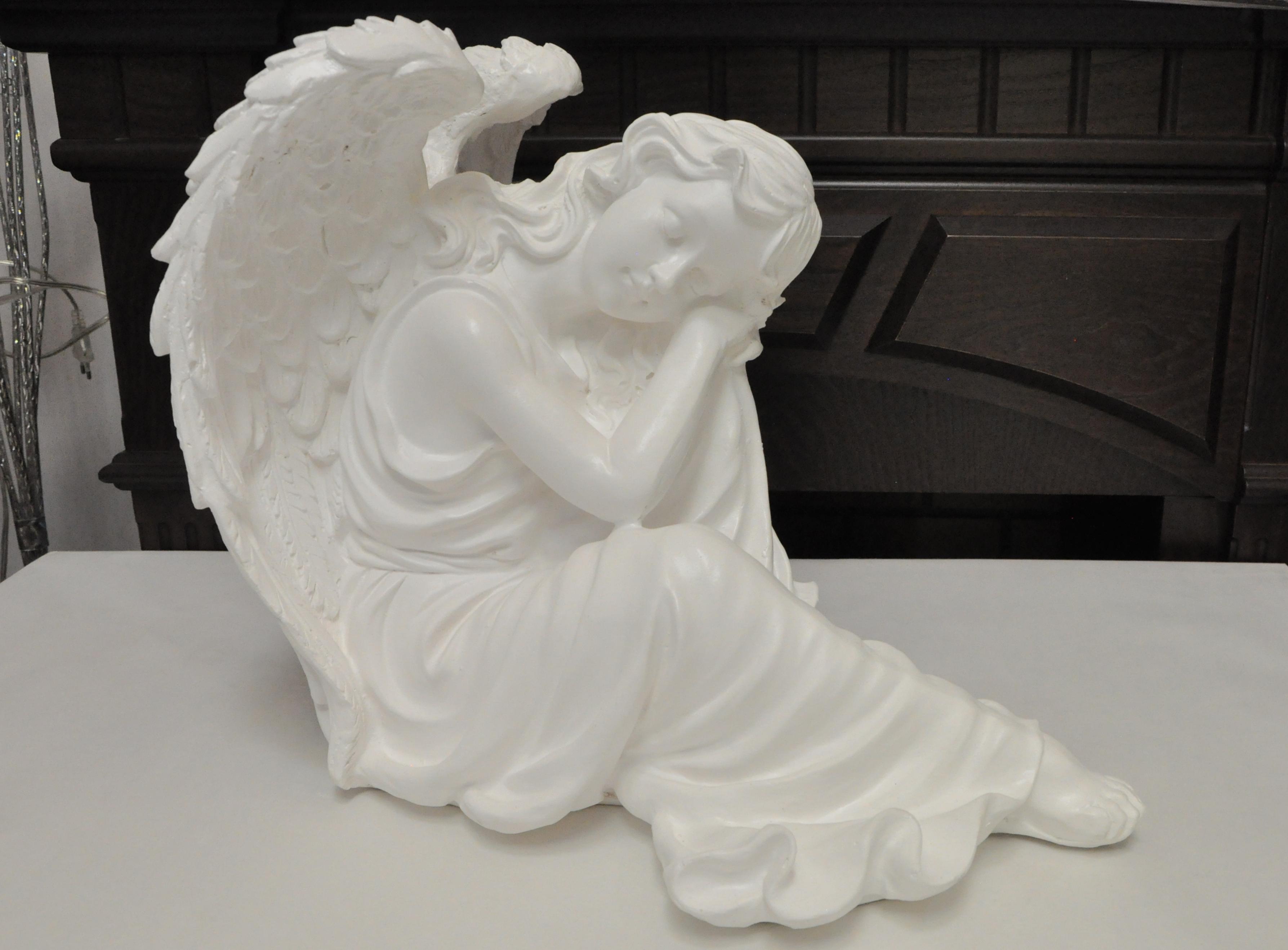 статуэтка ангел белая