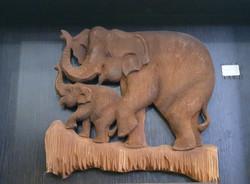 декор дерево слоны