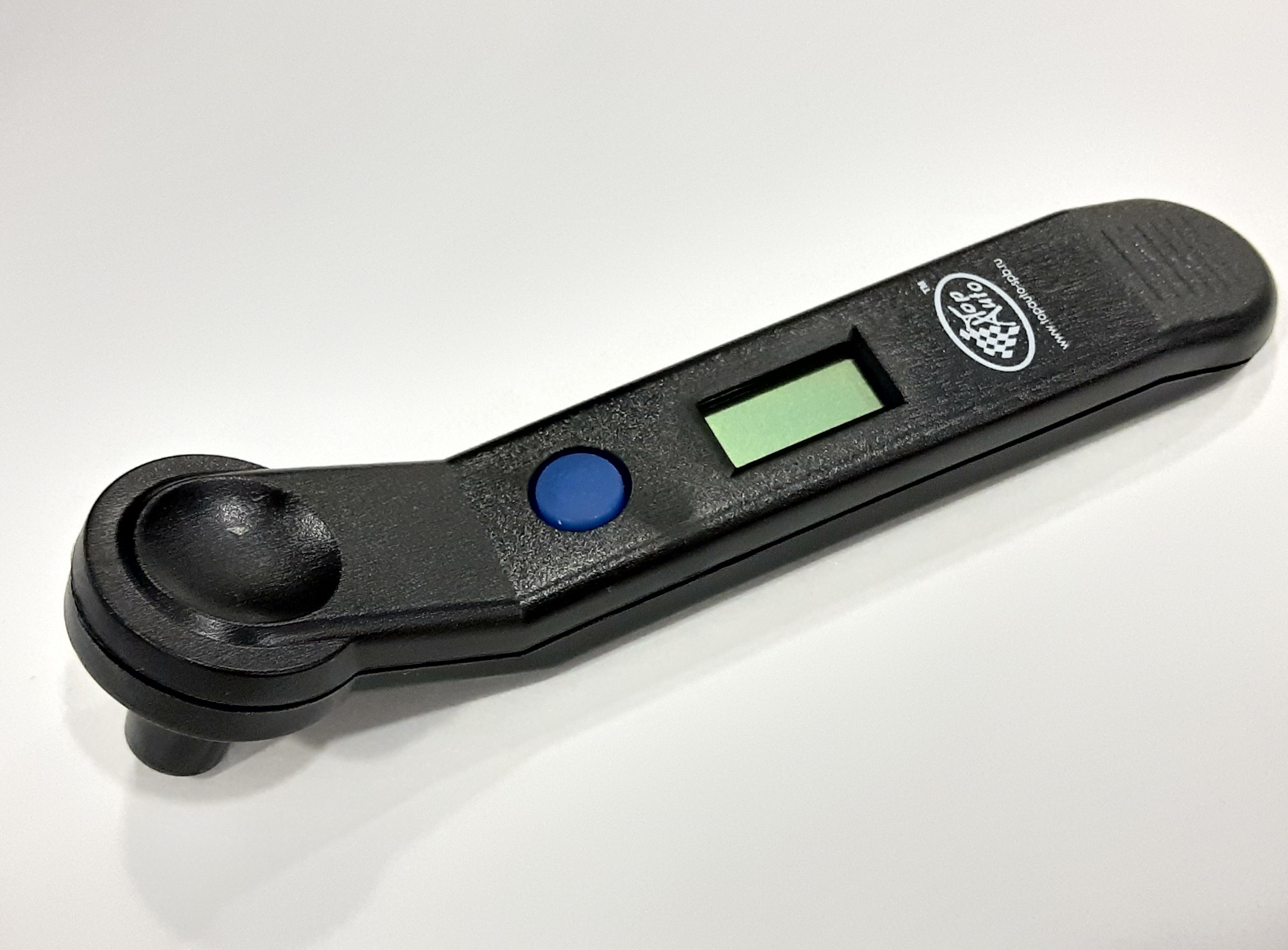 Манометр шинный цифровой