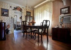 dining room_1.JPG