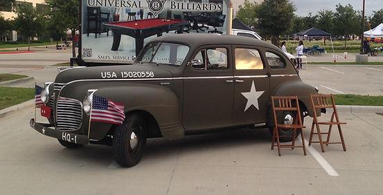 1942 Plymotu Staff Car