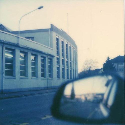 Andrea Haenni - Nidau  Polaroid SX-70 Scan, Print auf Papier 30x30cm