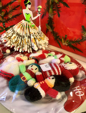 Christmas items 2.jpg