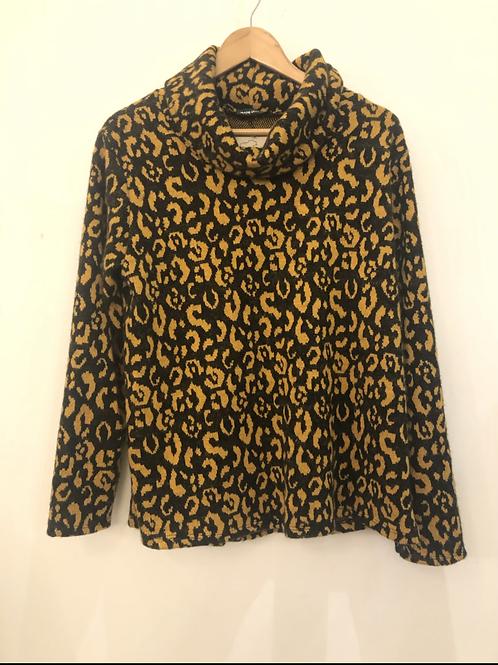 Leopard Print Roll neck sweater