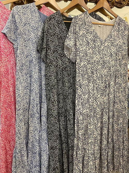 Line print, tiered Dress
