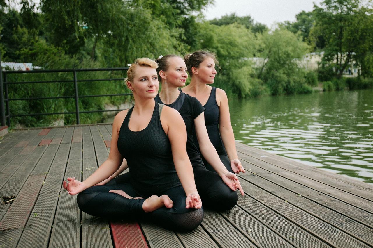 Йога_Анна_вл /йога на природе
