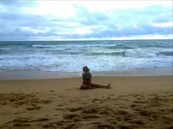 Йога на море