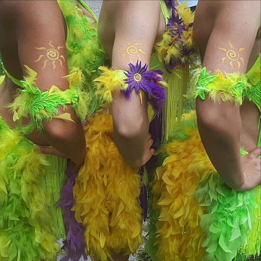Бразильская карнавальная самба!