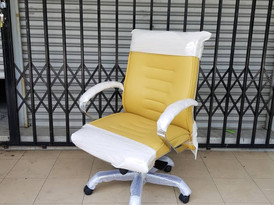 Vittoria low back chair in yellow color