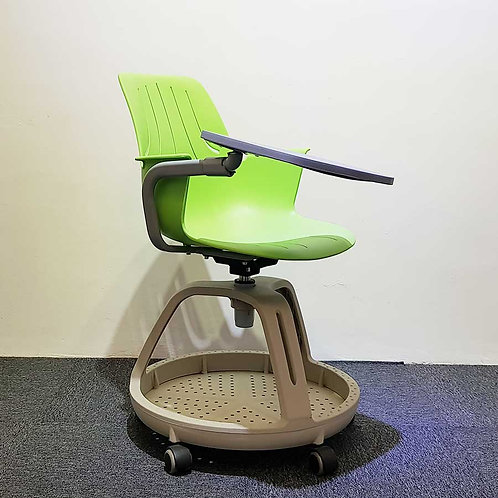 Lelong Corner: Study chair with tablet
