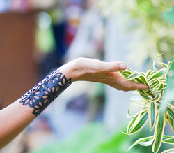 2017-Bracelet_n.2_DoubleFlower_ARTcycleBali_Photo_ToniPalamos