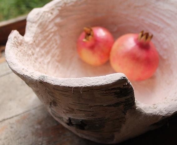 portafrutta con corteccia di betulla ed