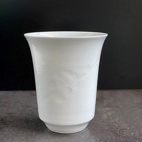 白磁梅文フリーカップ