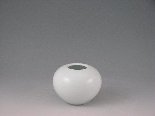 白磁花瓶(小)