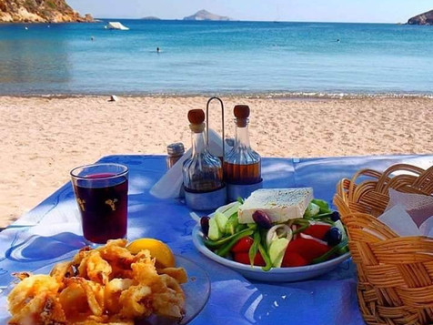 Do you miss Greek food next to the sea ?