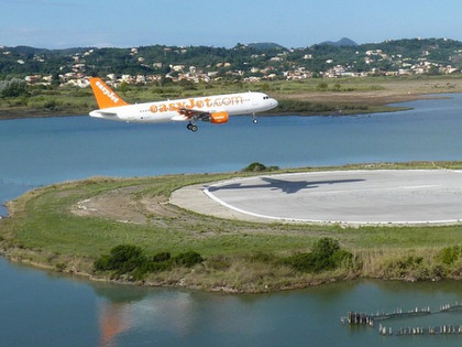 Breathtaking plane Landings at Corfu Island