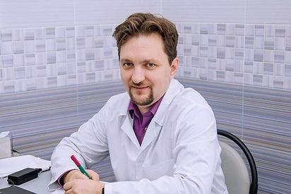 Врач оториноларинголог высшей категории Агранович Виталий Игоревич