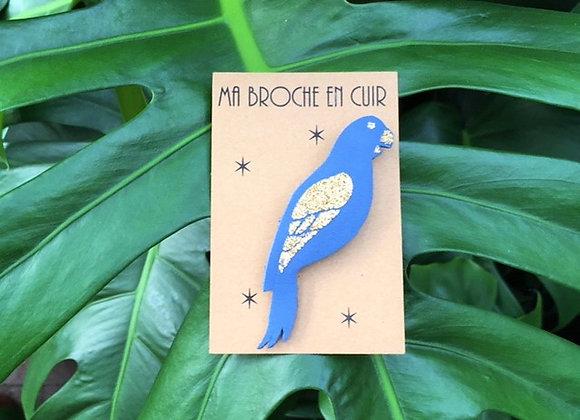 Broche Paillettes et Superflu ara bleu orage cuir