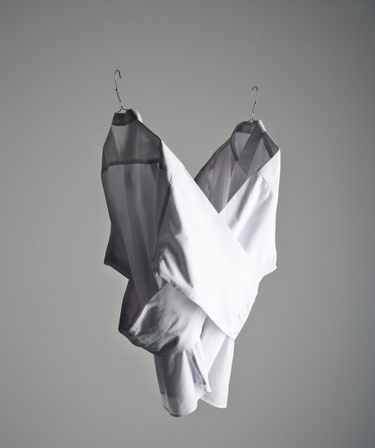 Camisa de fuerza para dos de Paco Nadie. 1998 (fotografía de Marco Morilla)