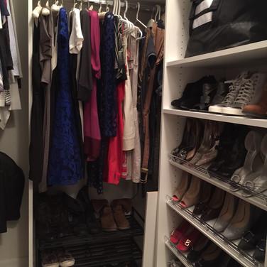 Closet shoe shelf