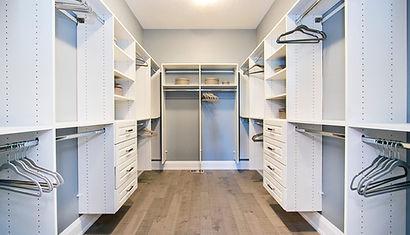 White walkin closet