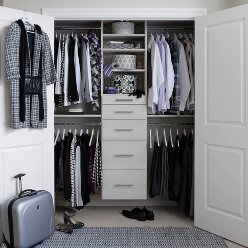 Closet  with shelves and drawers