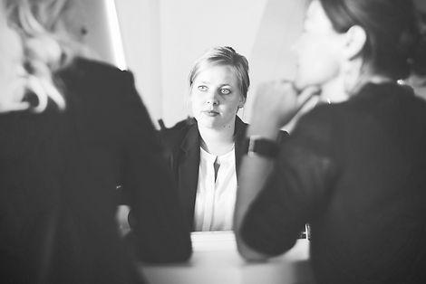 adult-advice-businesswoman-70292_edited.