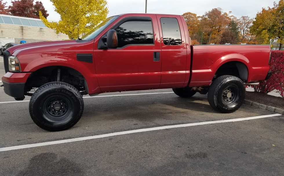 Premium-auto-detaling-truck-4.jpeg