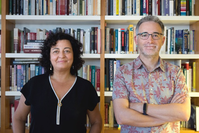 "Isabel Reche and Francisco are Professors in UGR teaching the course ""Creativity, Rigour, and Communication in Science"" in the Master's Degree in Genetics and Evolution."