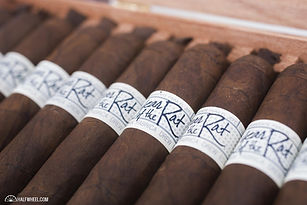 Liga-Privada-Year-of-the-Rat-Box-3.jpg